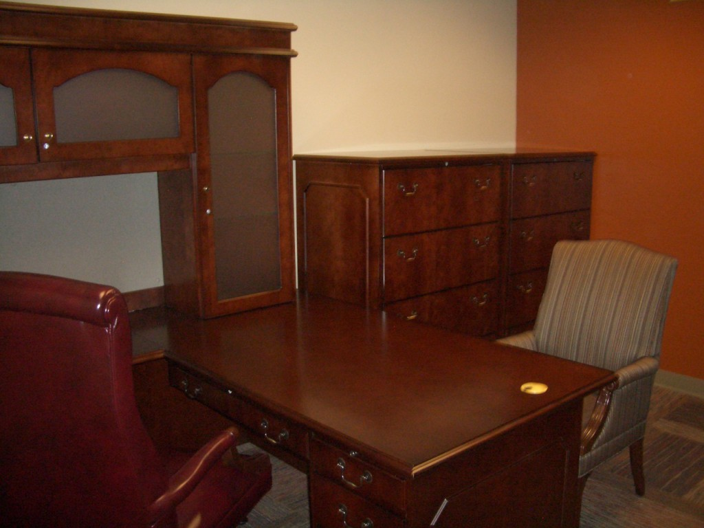 Ft. Campbell- Bldg 7910 Commander Suite- JSI Furniture